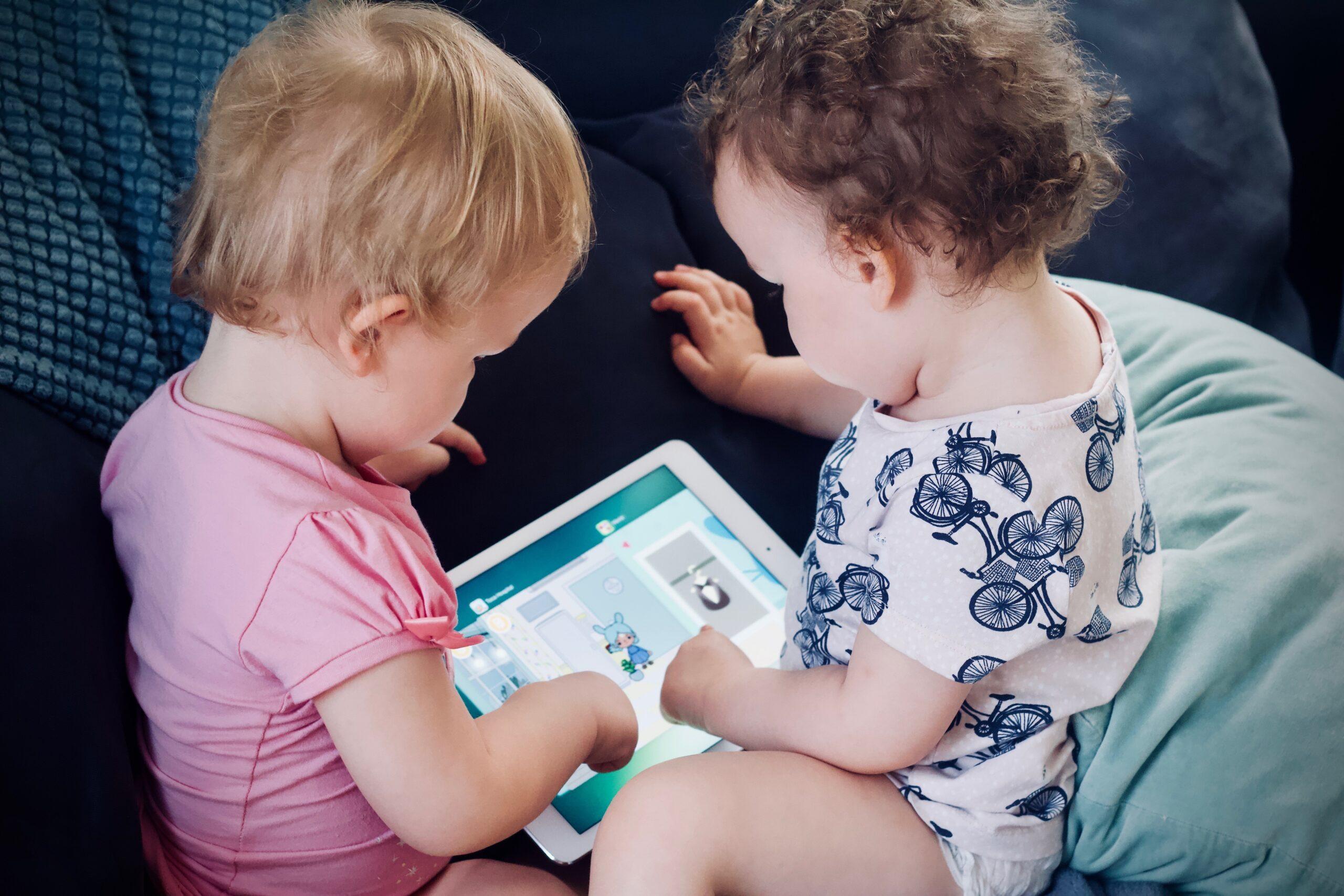 Escuela para Padres: El manejo del tiempo – La computadora y el televisor