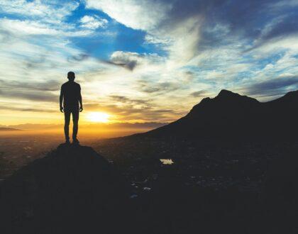 Reflexiones de Esperanza: Los ángeles de Dios: las bendiciones que garantiza la presencia del Todopoderoso (Parte I)